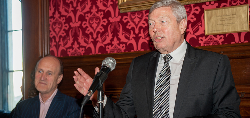 Rt Hon Alan Johnson MP praises the Orchestra